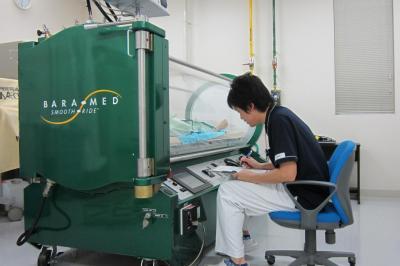 高圧酸素治療装置